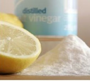 15 Natural Cleaning Tips With Vinegar, Lemon and Baking Soda