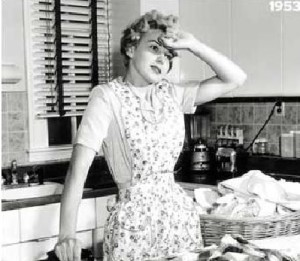 15 Tips To Keep On Top Of Housework While Working Full Time